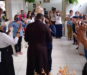 Mães que oram pelos filhos, uma Missão em favor das famílias