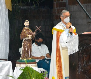 Novena de São Francisco de Arembepe reflete sobre a Igreja segundo o Catecismo