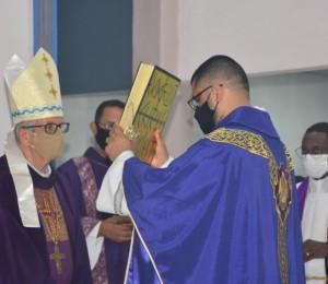 Pe.Fernando Pereira assume como novo pároco da Paróquia Santana em Camaçari