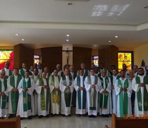 Sacerdotes da Diocese de Camaçari participam de retiro anual do clero