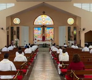 Confira na integra a homilia de Dom João Carlos Petrini na Missa de Santos Óleos 2020