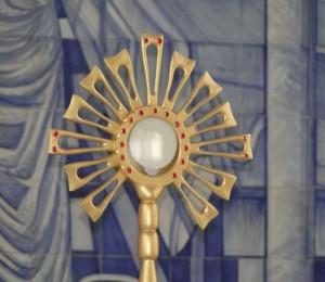 Hora Santa será realizada na Paróquia Nossa Senhora da Boa Viagem neste domingo (26/04)