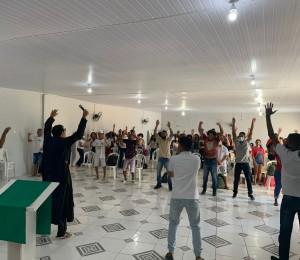 Bump jovem animou a juventude da Paróquia Divino Espírito Santo nesse domingo (05/09)