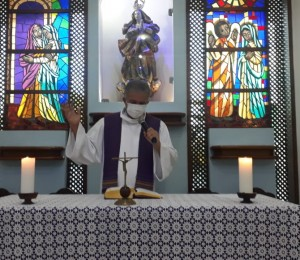 Missas estão acontecendo na Paróquia Nossa Senhora da Conceição do Cia com transmissão ao vivo, saiba como acompanhar