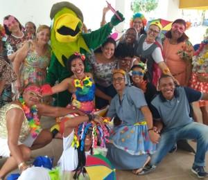Baile de Carnaval é realizado no Projeto Arte de Viver