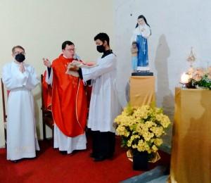 Relíquia de Santa Dulce foi entronizada durante festa da Padroeira em Camaçari