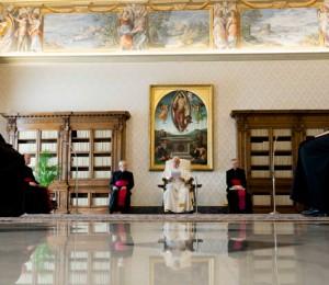 O segredo da misericórdia é perdoar e ser perdoado, explica Papa