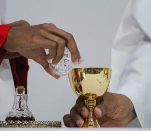 Paróquia São Miguel promove formação litúrgica. O encontro online vai acontecer no sábado, 23.