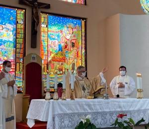 Santa Missa marca a celebração dos 45 anos de sacerdócio de Dom Petrini