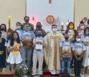 Crianças  da Paróquia Cristo Ressuscitado receberam,  pela primeira vez  neste sábado (15/05),  o Sacramento da Comunhão