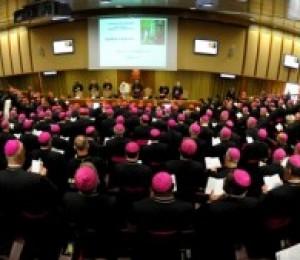 Sínodo dos Bispos: primeiro dia de trabalho reflete os desafios da Nova Evangelização