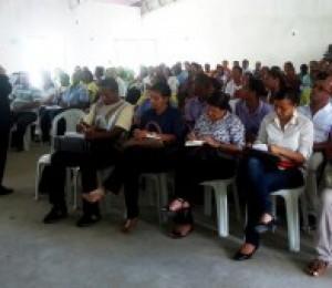 Assembleia diocesana discute Plano Pastoral 2012 - 2015
