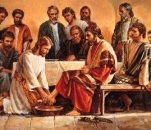 Missa de instuição da eucaristia acontece às 19h de hoje (17/04)