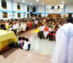 Em Simões Filho fiéis celebram a festividade de Nossa Senhora da Luz