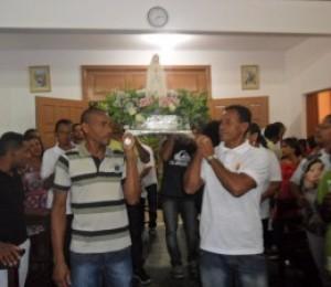 Fiéis em Barra do Pojuca celebram a co-padroeira Nossa Senhora de Fátima