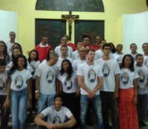 Jovens e Adultos receberam o sacramento da crisma em Camaçari