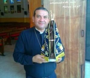Imagem de Nossa Senhora Aparecida realiza peregrinação em Candeias