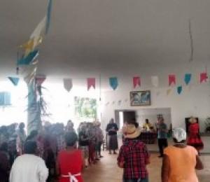 Confraternização junina marca o encerramento do primeiro semestre do Arte de Viver