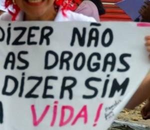 Pastoral da sobriedade realiza a 14ª Caminhada contra as Drogas, em Candeias