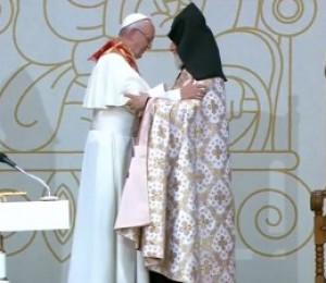 Papa Francisco e patriarca Karekin II rezam pela paz e diálogo entre as religiões