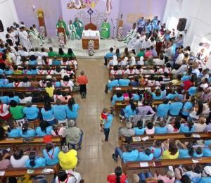 Missa de instalação da Paróquia Santa Marcelina reúne centenas de fiéis em São Sebastião