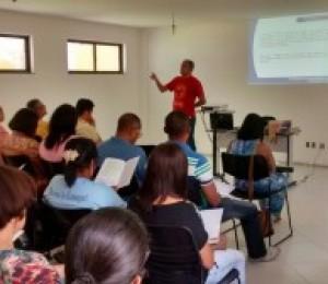 Pastoral Diocesana realiza estudo do Documento 106 da CNBB sobre a Pastoral do Dízimo