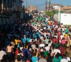 Benção do Rio Jacuípe marca caminhada penitencial da Paróquia Santa Marcelina