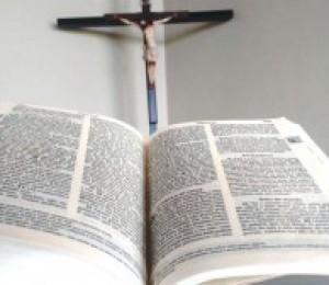 Mês da Bíblia : Ignorar a Sagrada Escritura é ignorar a Jesus Cristo