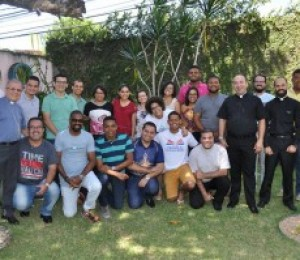 PASCOM : Encontro Regional  discute sobre Fake News e jornalismo de paz