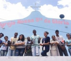 Jovens e religiosas participam de Missão no Parque das Mangabas em Camaçari