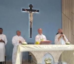 Paróquia São Bento recebe visita do Dom Giovanni Tonucci