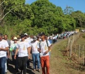 Caminhada penitencial leva centenas de homens ao Santuário Nossa Senhora das Candeias