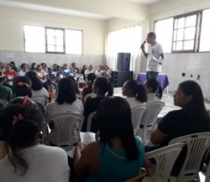 Catequistas participam de encontro diocesano em Simões Filho